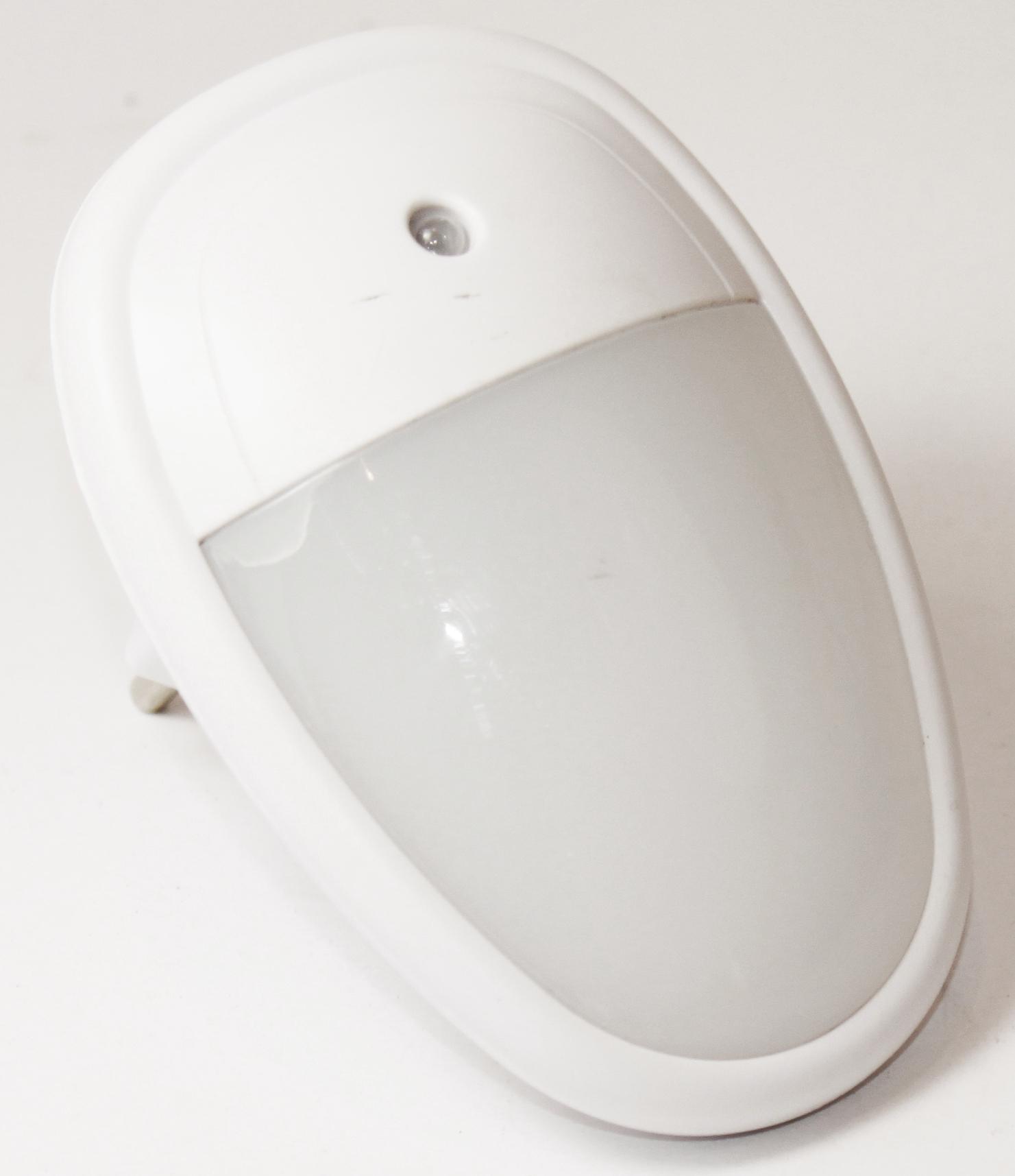 k b haushaltswaren led nachtlicht notlicht mit sensor nachtbeleuchtung lampe 230v steckdose 080. Black Bedroom Furniture Sets. Home Design Ideas