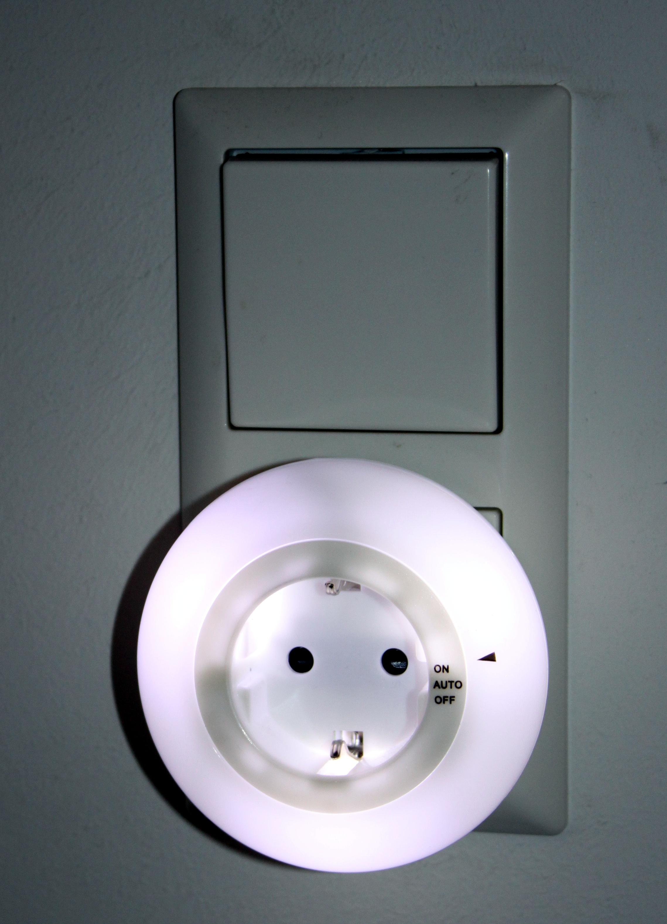 k b haushaltswaren led kinderlicht f r steckdose nachtlicht nachtlampe nachtleuchte. Black Bedroom Furniture Sets. Home Design Ideas